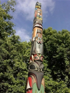 Honor Totem for John T. Williams, Seattle Center. [Image credit: Indiancountrytodaymedianetwork.com]