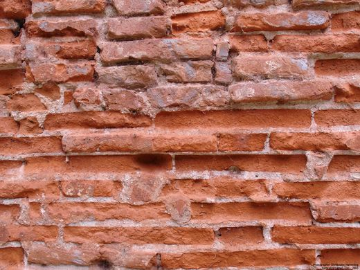 http _upload.wikimedia.org_wikipedia_commons_2_26_Old_brick_wall